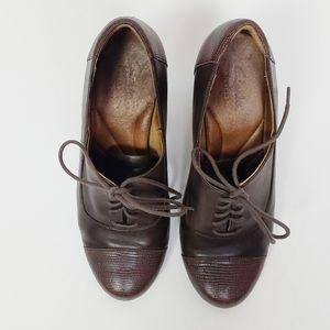 Clarks Indigo brown leather pump size 8